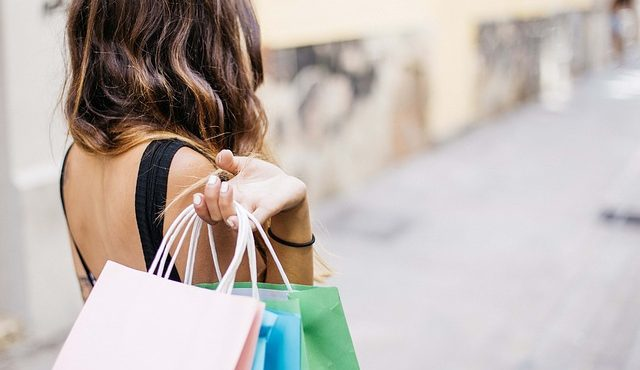 shopping- reward cards and loyalty cards